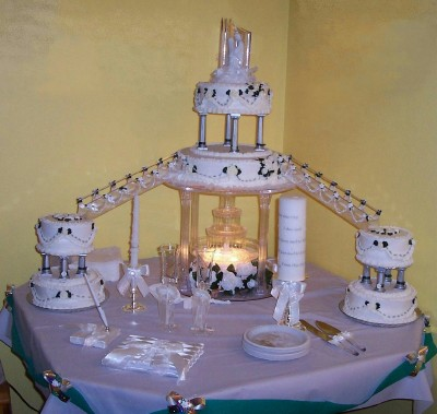 Pictures of Wedding Cakes With Stairs